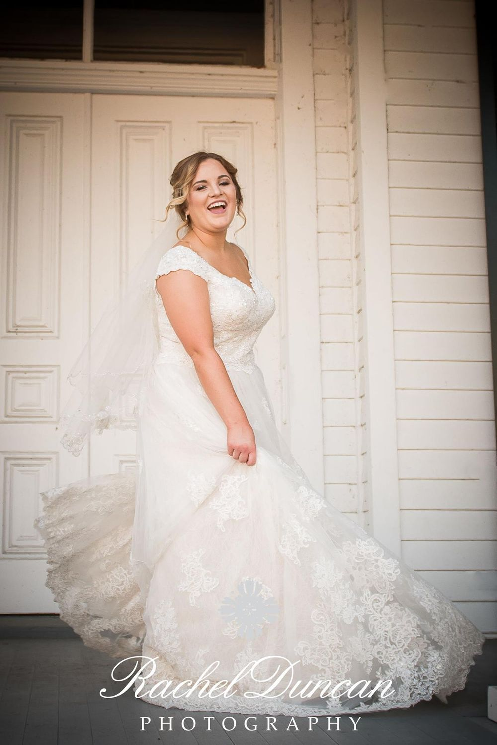 southern bride, bridal session, louisiana bride, plantation bride, natural light photography