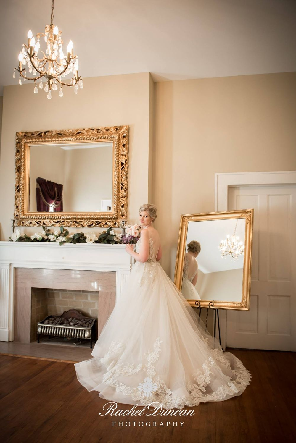 southern bride, bridal session, louisiana bride, plantation bride, natural light photography, melody house