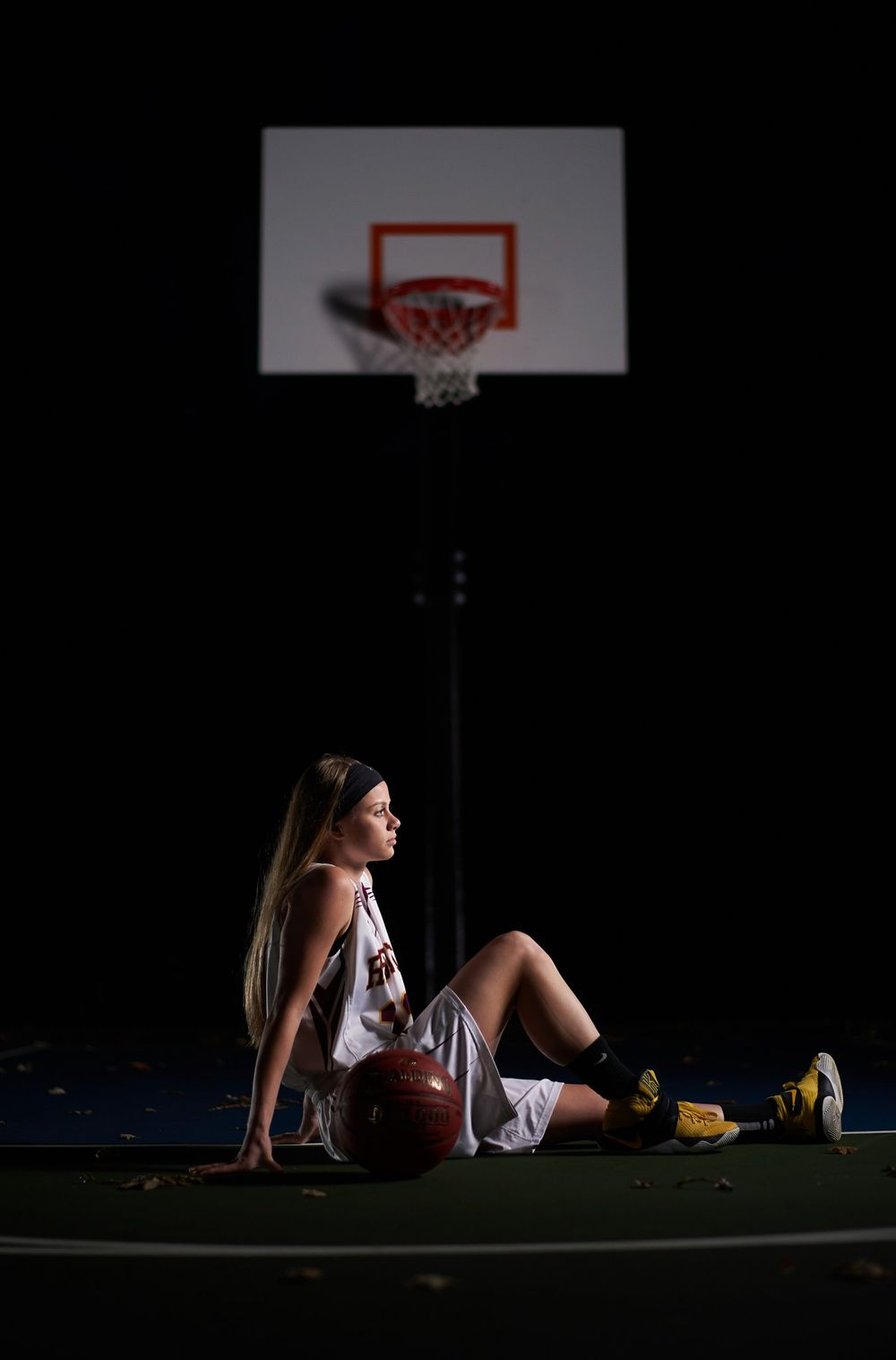Basketball high school senior photo