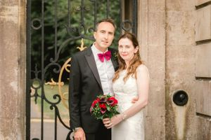 Bowood house wedding couple