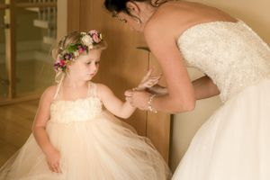 Bride and little bridesmaid at Egypt Mill