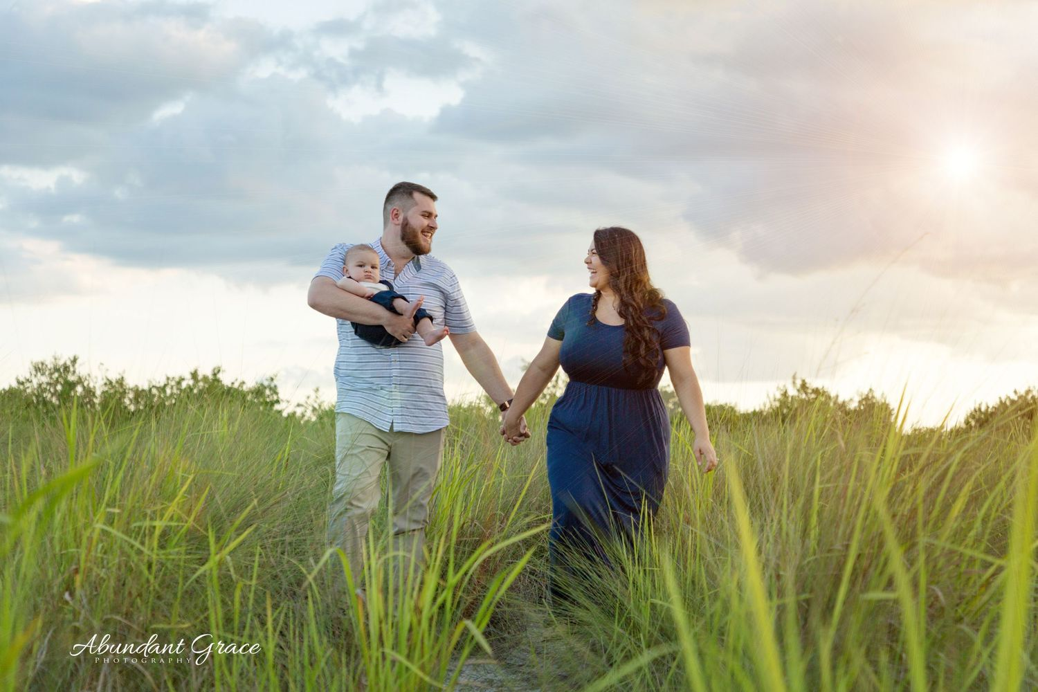 abundant grace photography, affordable family photographer, family beach photography