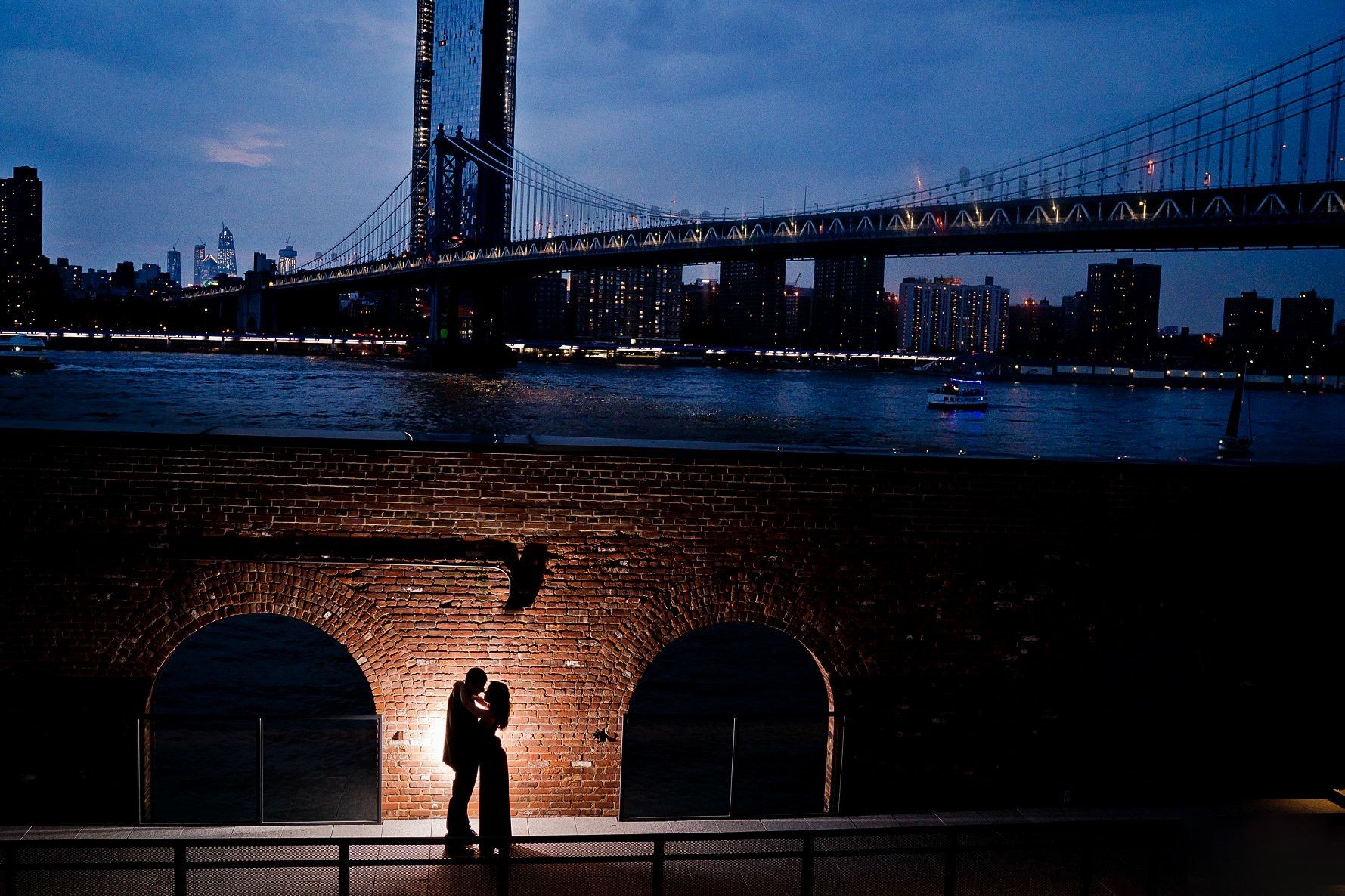 new york city dumbo engagement photographer