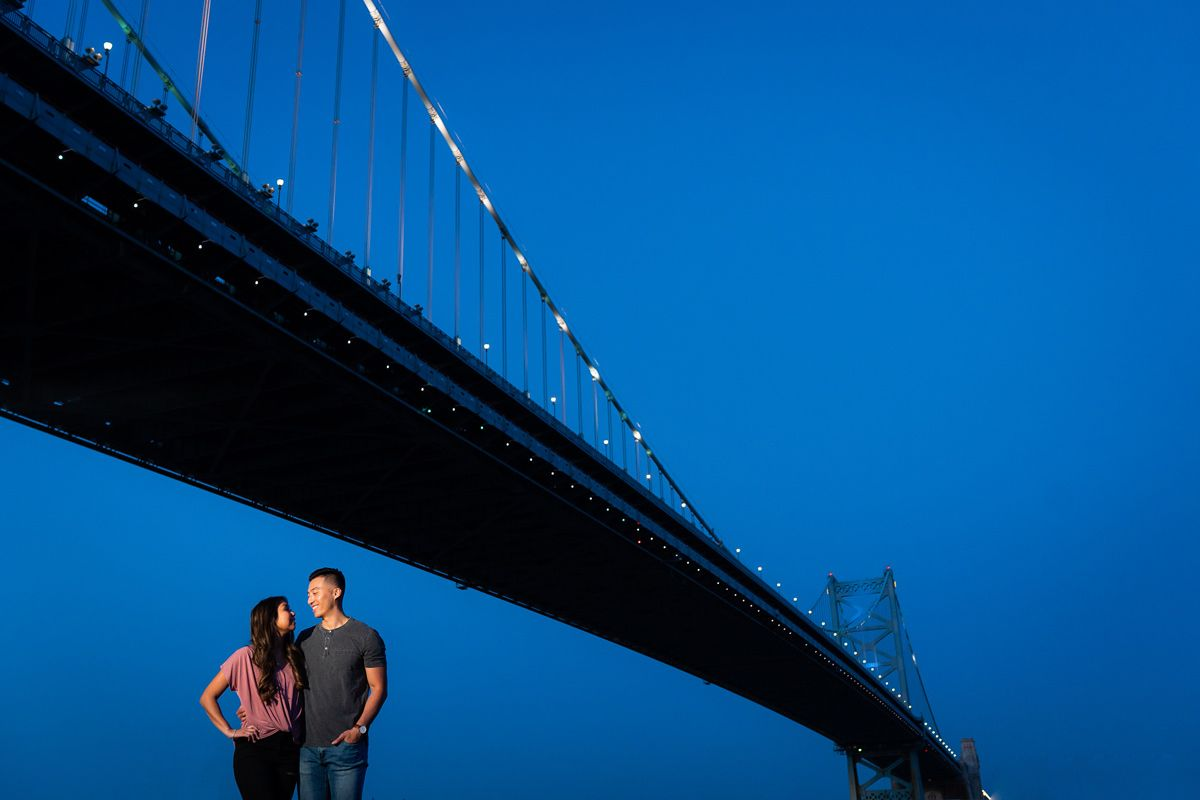philadephia ben franklin bridge engagement photos