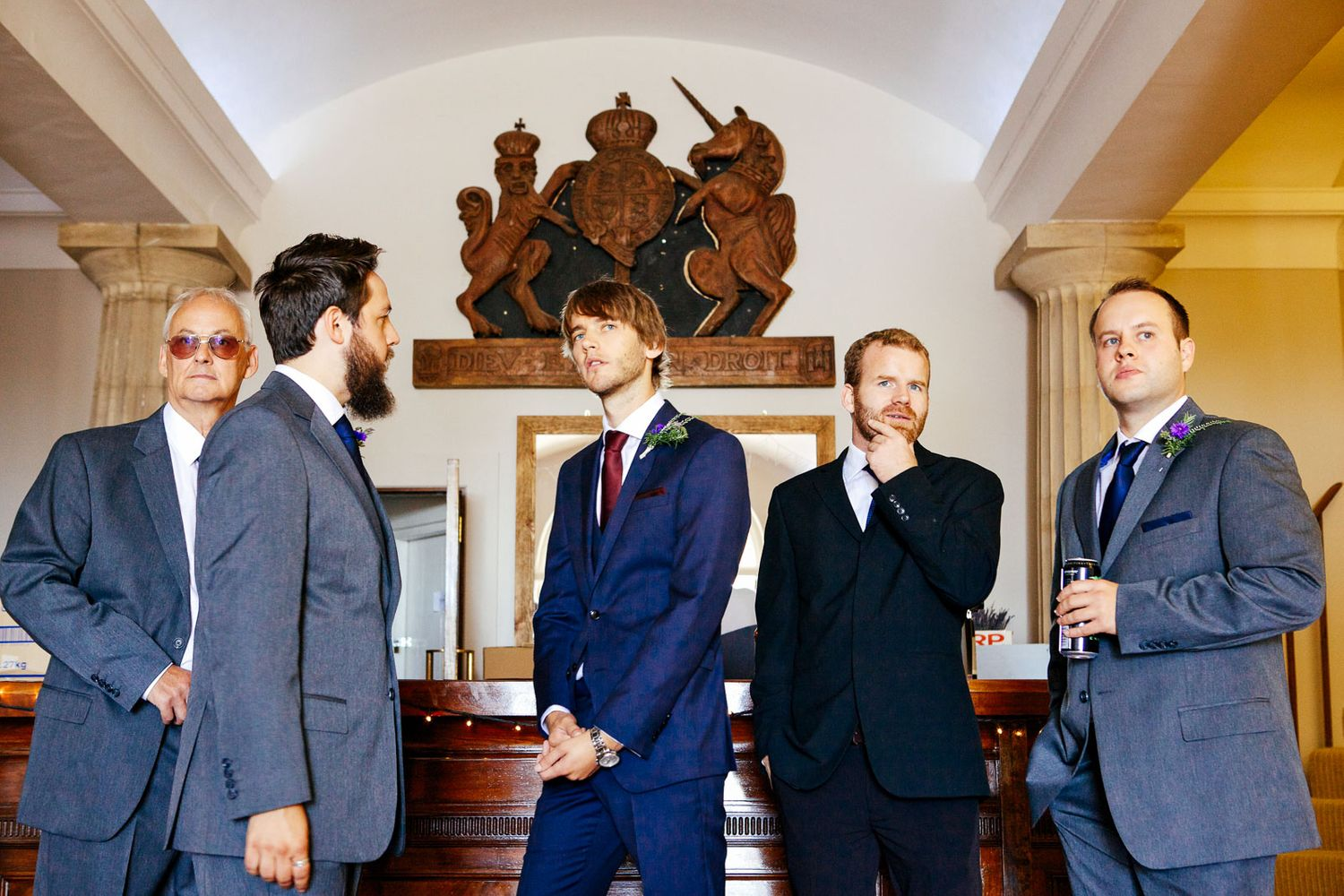natural photography of groomsmen by Tuscany based wedding photographer