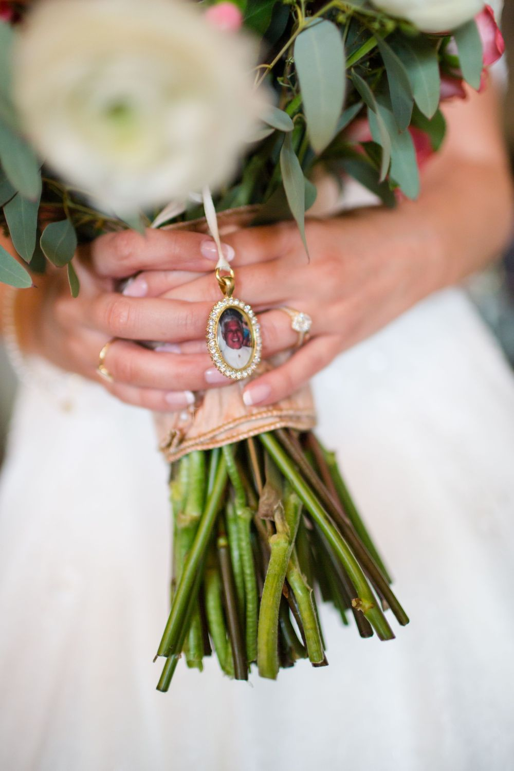 Visual Narrative Photography Michigan wedding photography bouquet charm