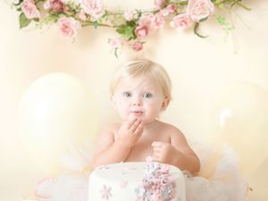 cake smash session for 1st birthday liverpool