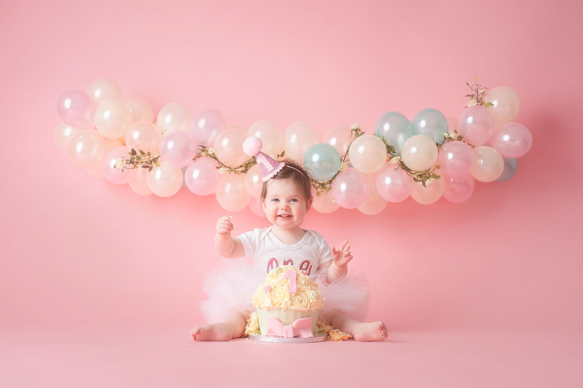 liverpool cake smash session for baby girl