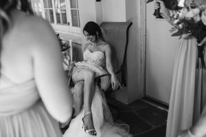 bride  intimate wedding elopement Montreal