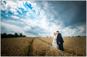 wedding photographer at mythe barn