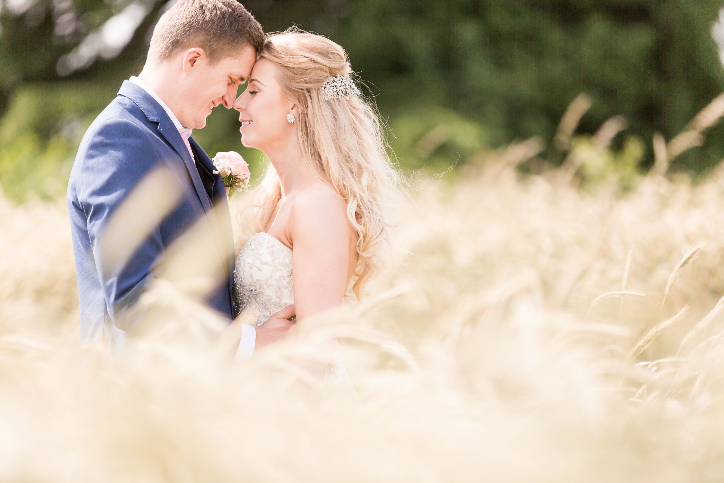 wedding photographer at Swancar Farm Barn