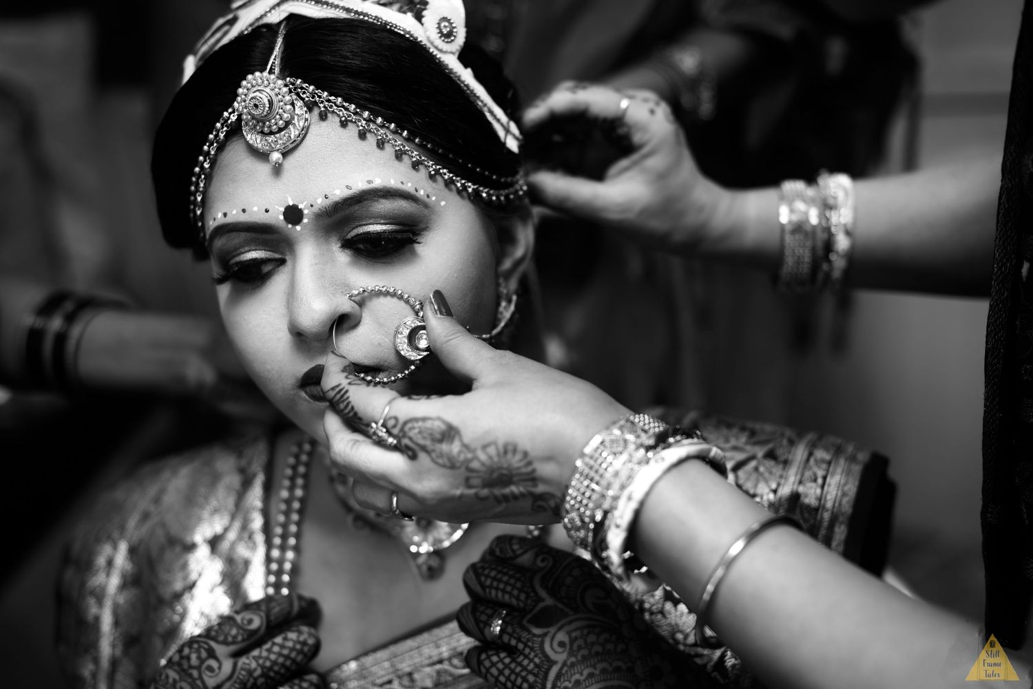 bengali bride getting ready for he wedding day