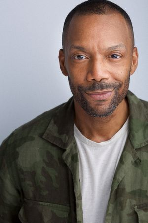 headshots nyc of broadway actor timothy oliver reid