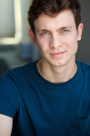 headshots nyc of actor miles shebar