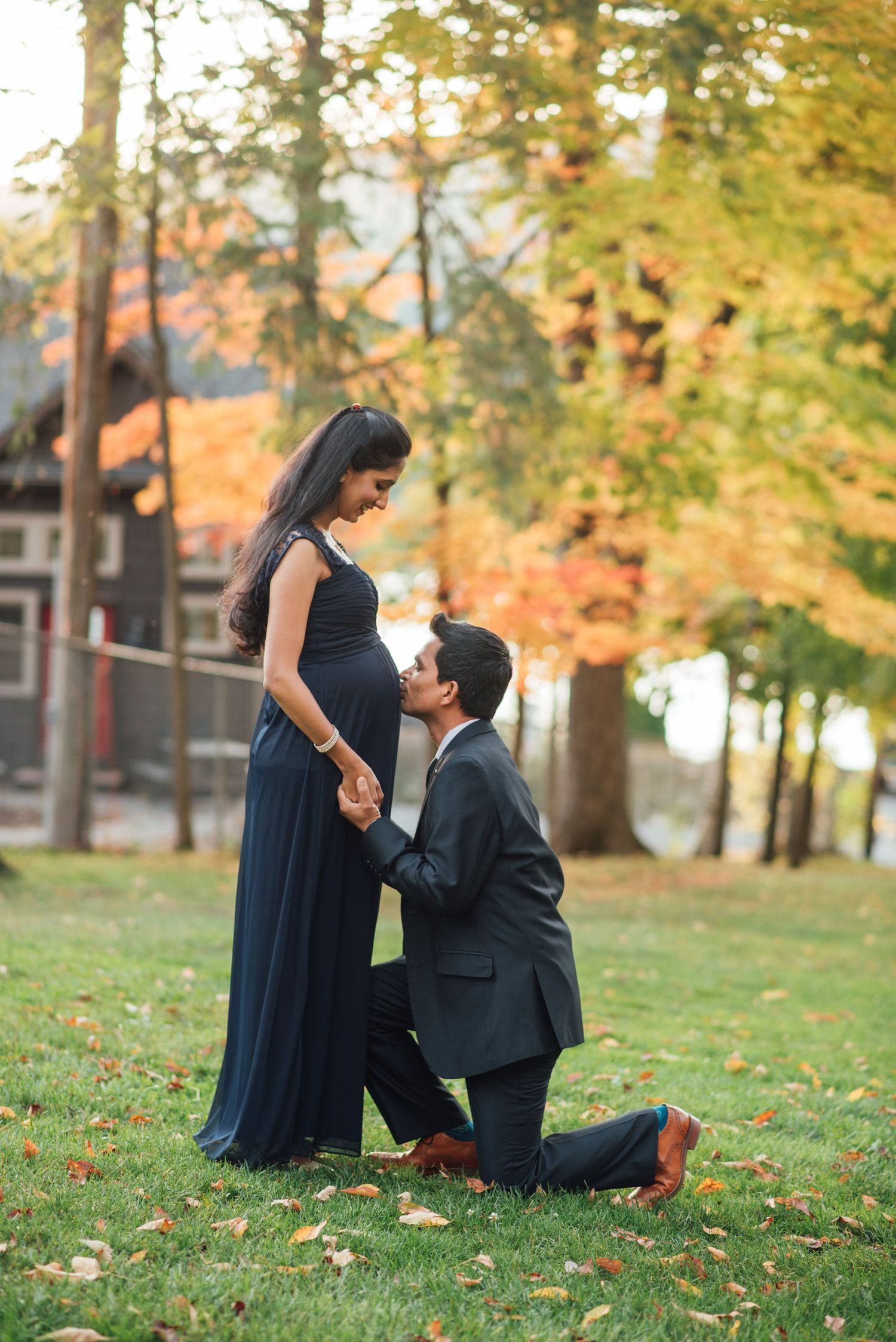 lake george fall maternity shoot