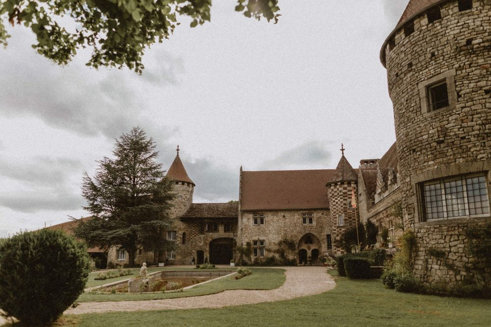 view of the courtyard of hattonchatel castle