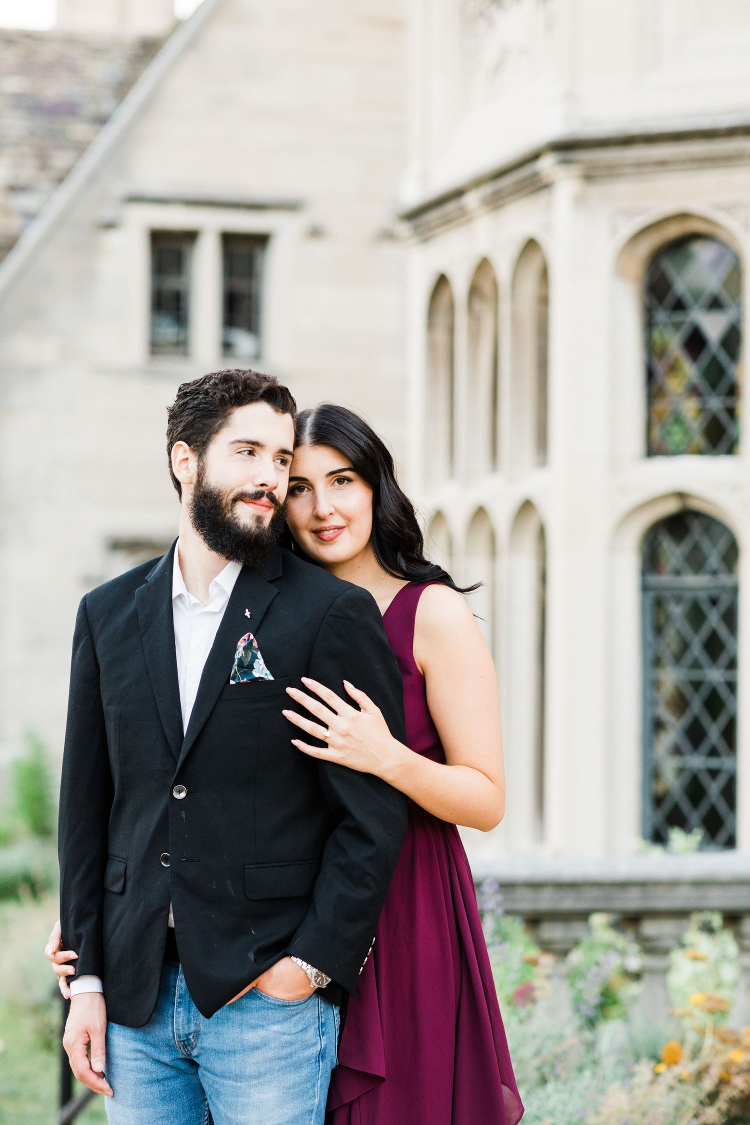 Couple posing in front of Hartwood Acres Mansion