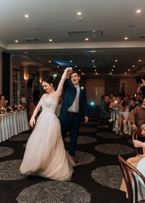 Hunter Valley Voco Kirkton Wedding first dance