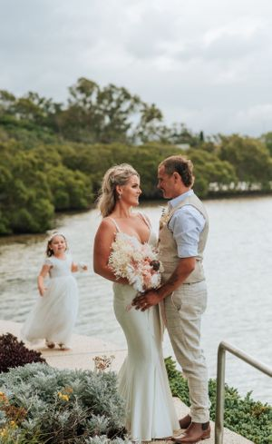 Port Macquarie Sails Wedding bride and groom