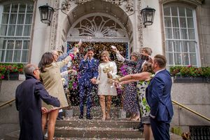 relaxed, natural, creative London, wedding photography, natural confetti shot