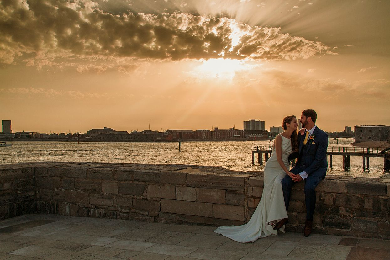 amazing sunset wedding photos